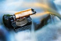 stock-photo-14440779-typewriter