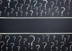 stock-illustration-23505203-question-marks-on-blackboard